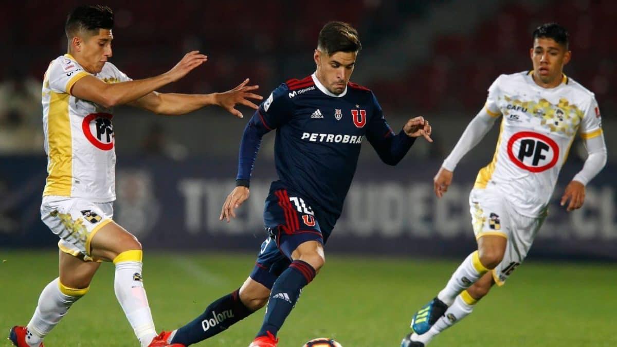 Imagen de un partido entre la U y Coquimbo Unido.
