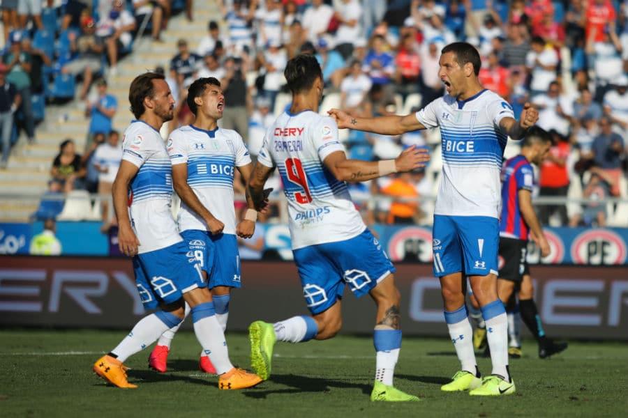 Imagen de jugadores de la uC celebrado un gol