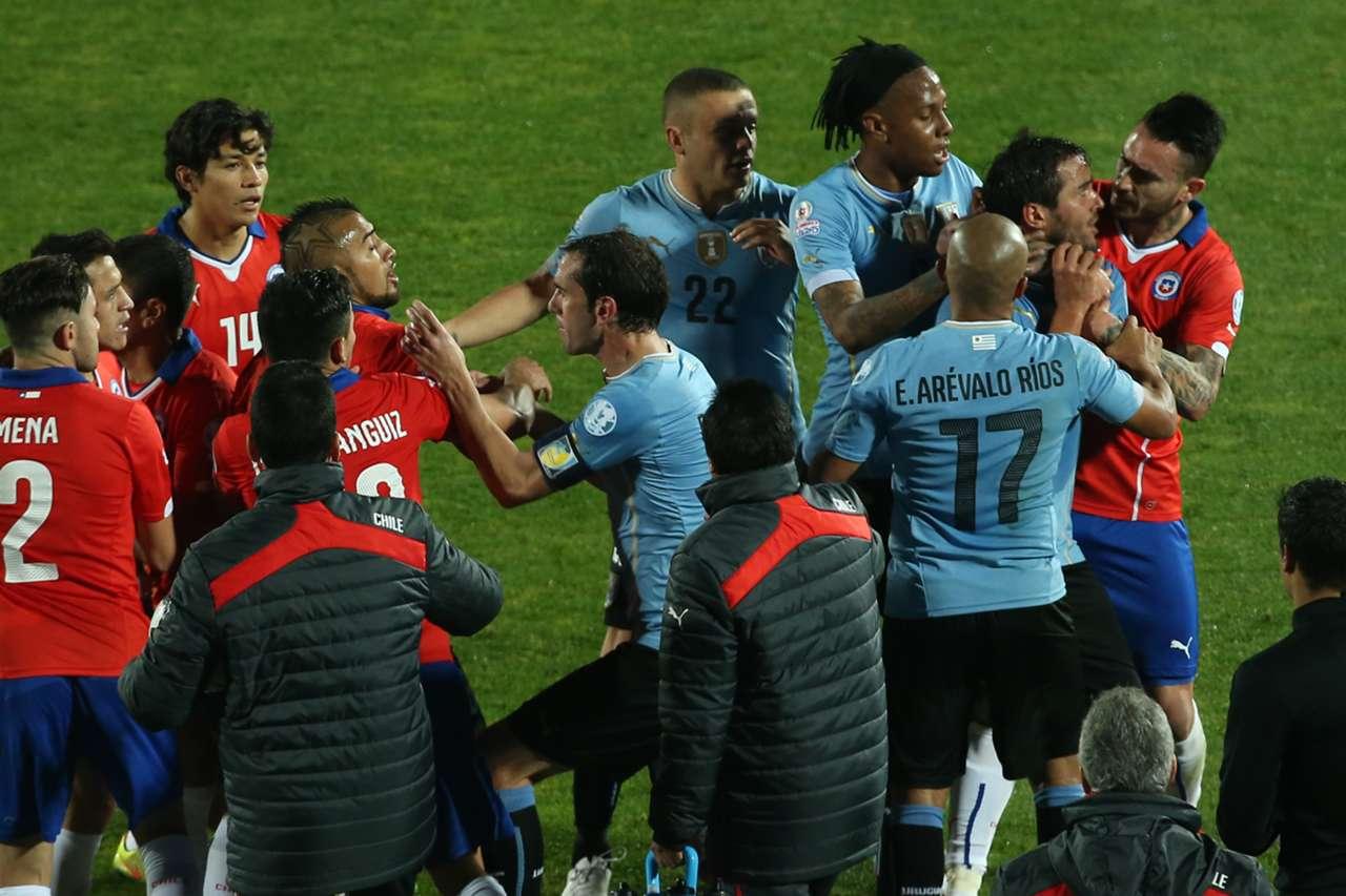 Portada nota nomina Uruguay